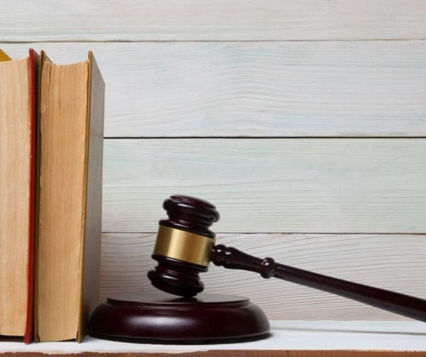 Top 11 Drug and Device Litigations of 2016 | THL