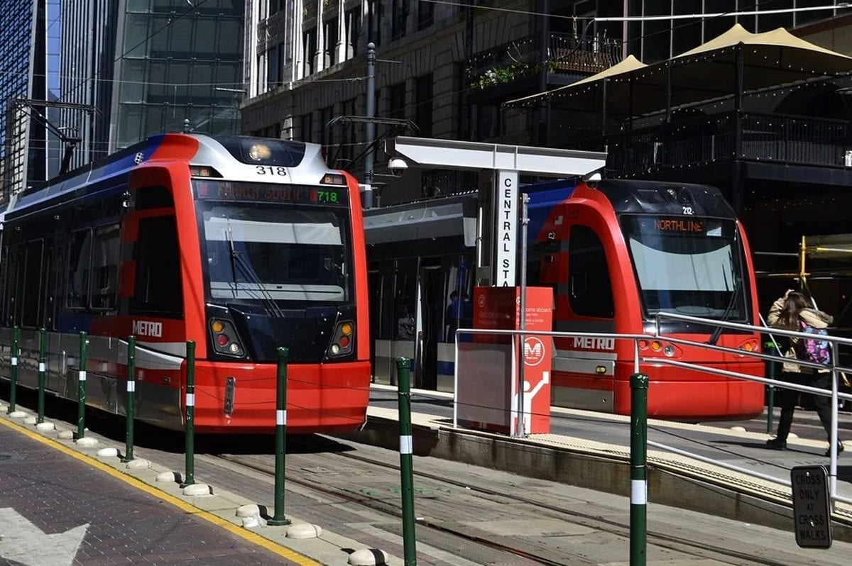 Impacts of New Technology on Public Transportation; How Will Technology Impact the Future of Public Transportation?