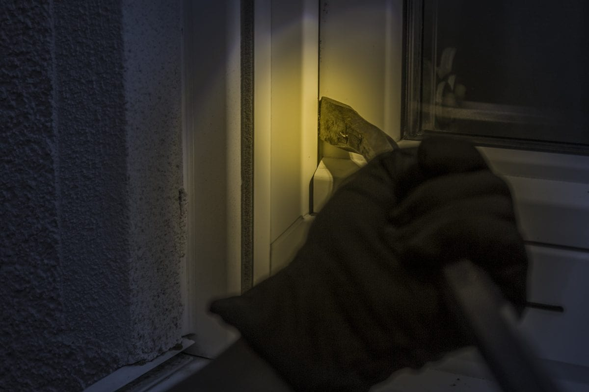 3 Things You Should Do to Reduce Your Risk Duringa Home Invasion; What to Do if Someone Breaks Into Your House;