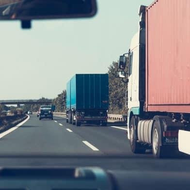 illinois truck accident lawyer FAQ; Illinois truck accident law firm; truck accident lawsuit settlements